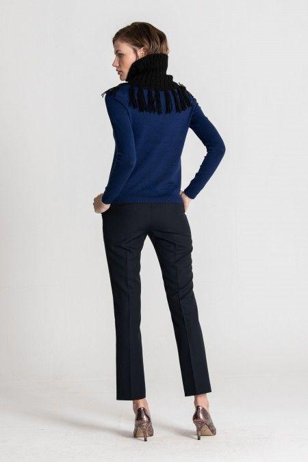 Knit collar