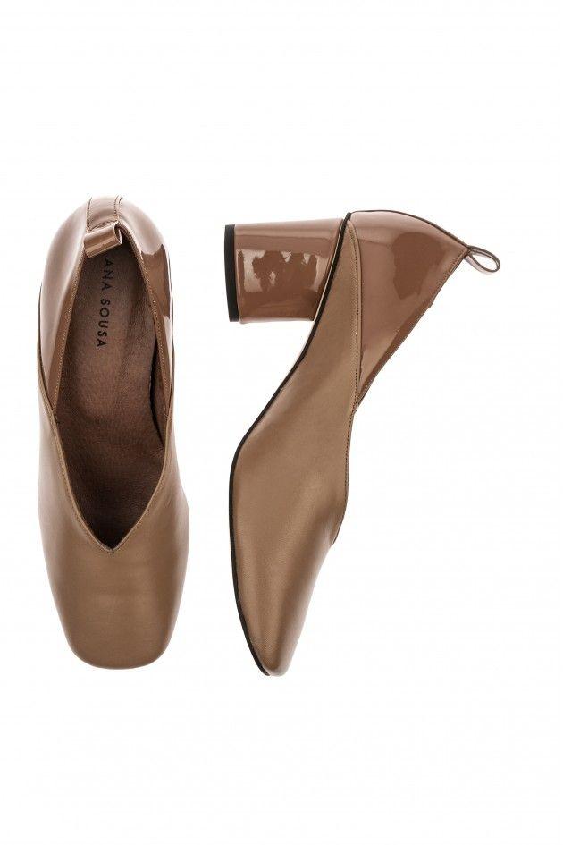 Sapatos fechados