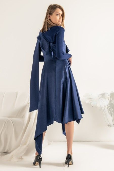 Vestido assimétrico