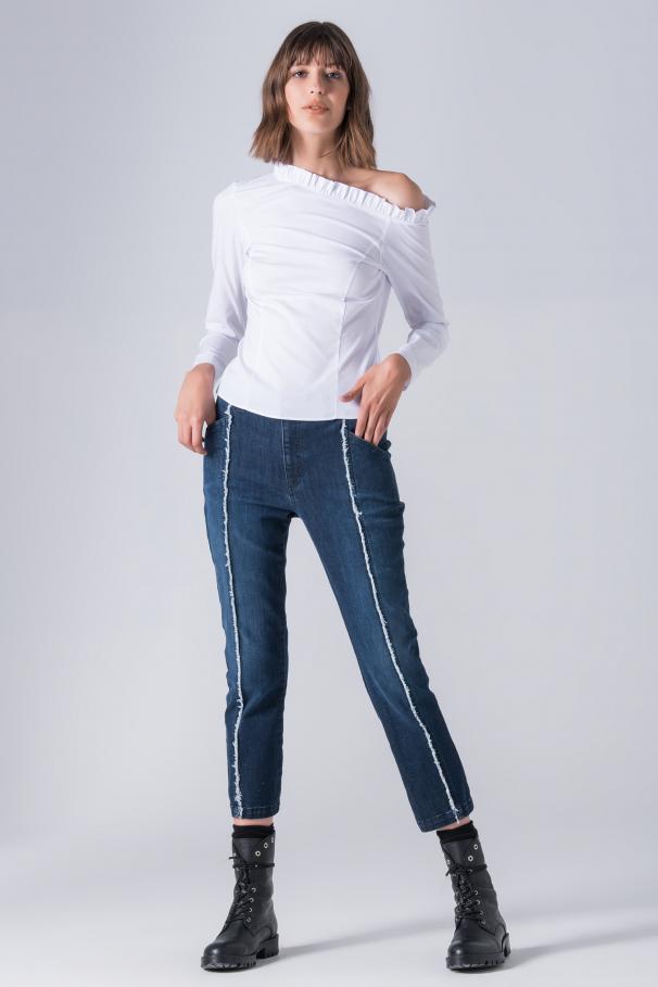 One-shoulder blouse