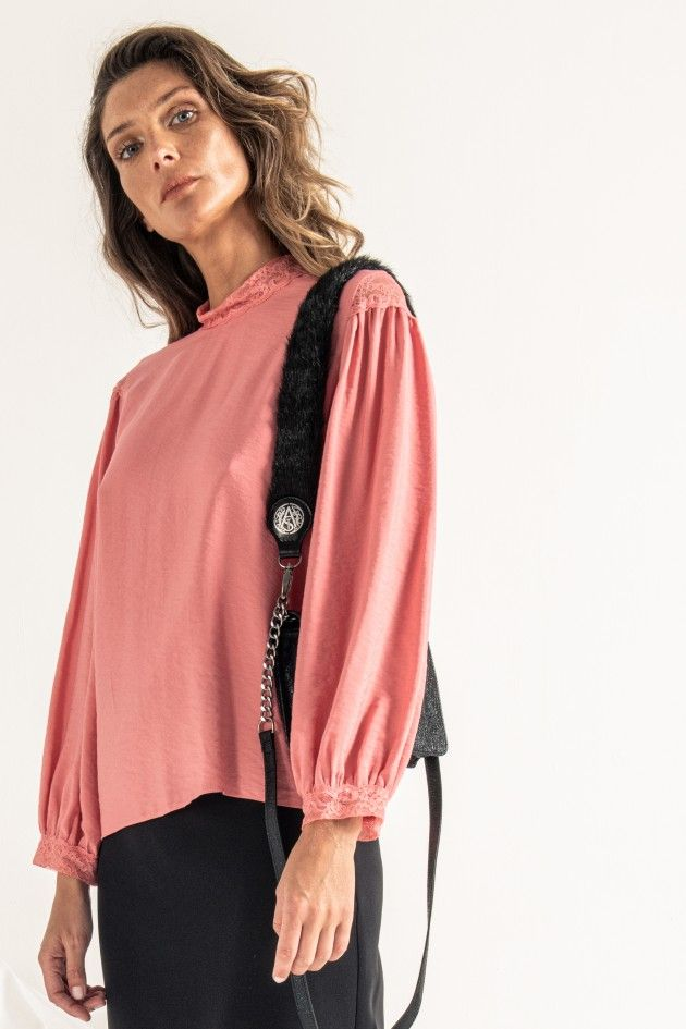 Faux fur shoulder strap