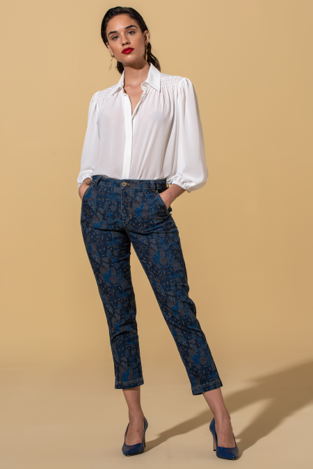 Mid rise printed pants
