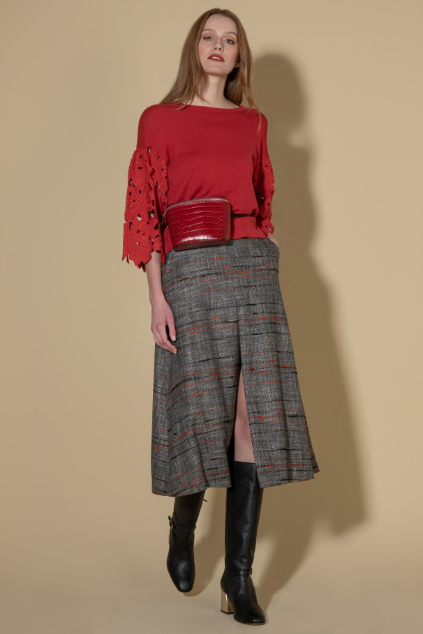 Midi skirt with front vent