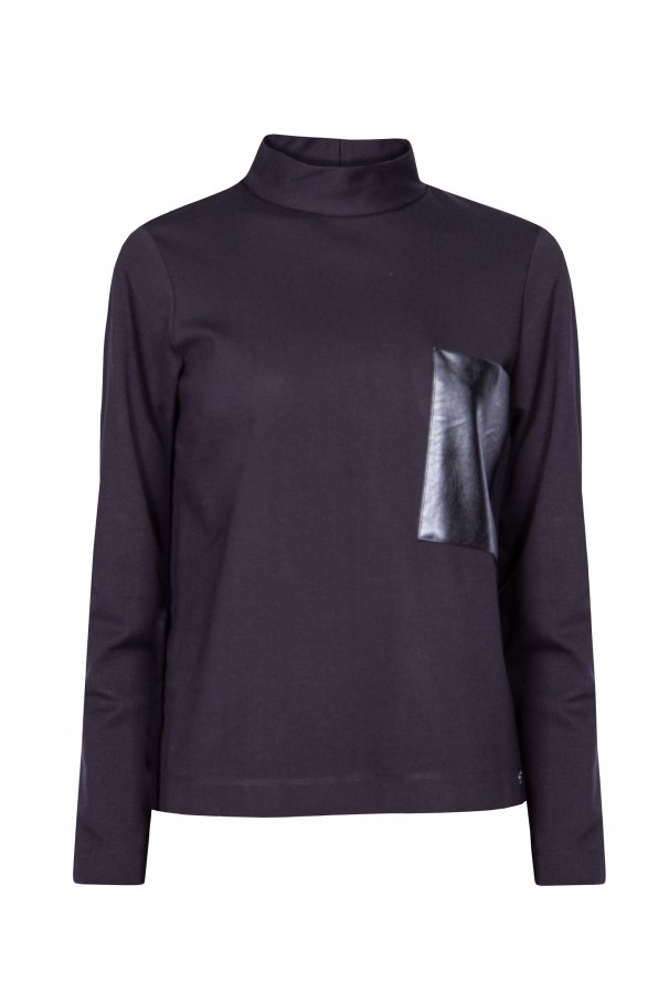 Funnel collar sweater
