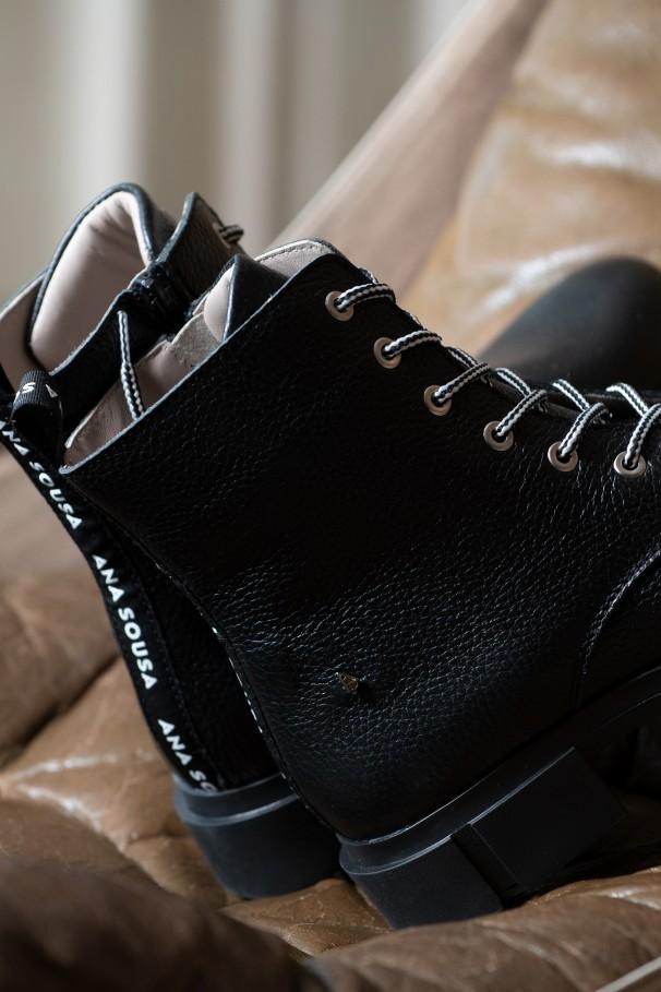 Medium pipe boots