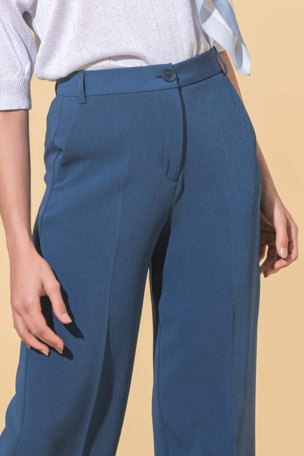 Short flare pants