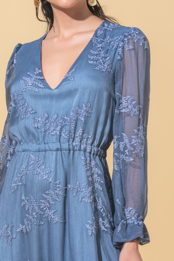 Midi embroidered dress