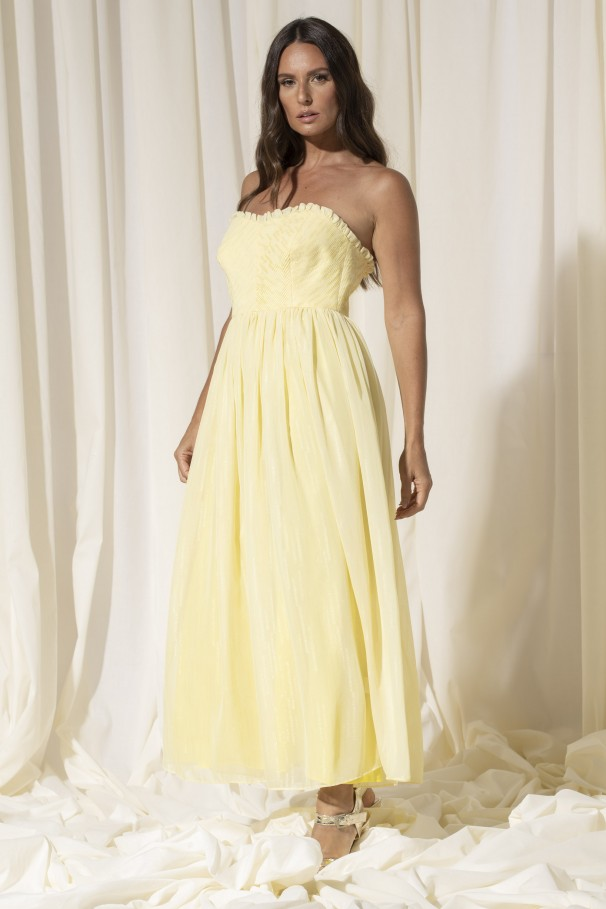 Dress with sweetheart neckline