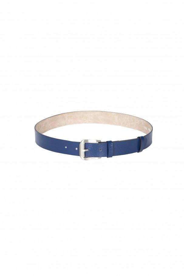 Cinturón en piel sintética grabada