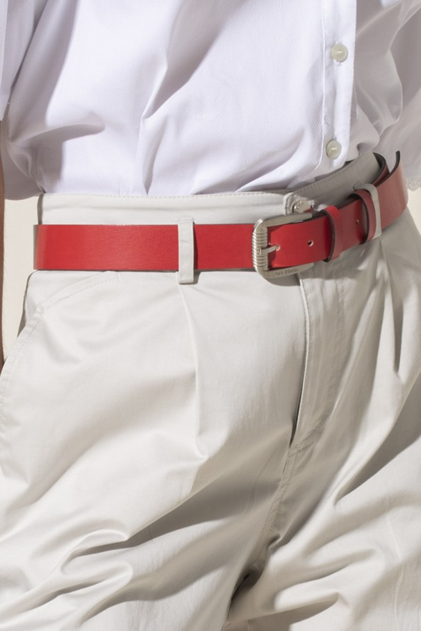 Belt in embossed imitation leather