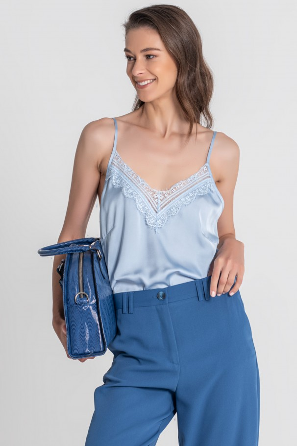 Strappy top with lace