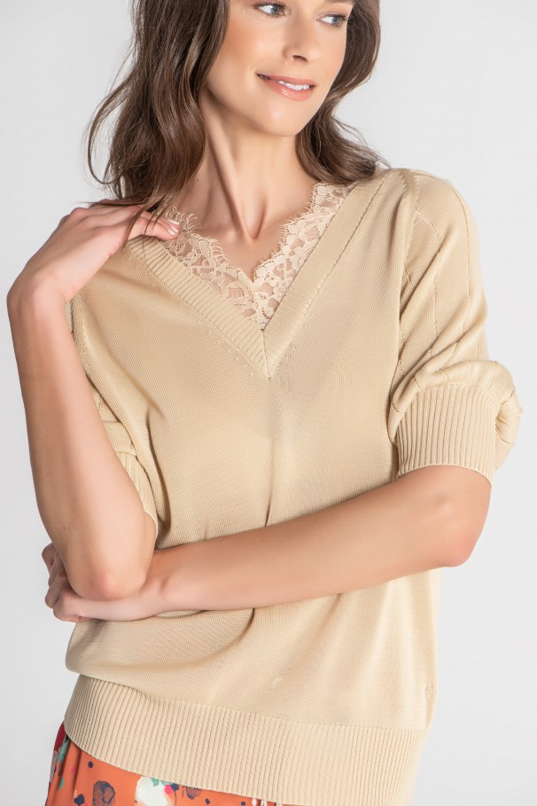 Lace-detail knit sweater