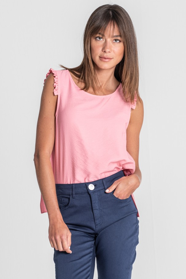 Top with frills