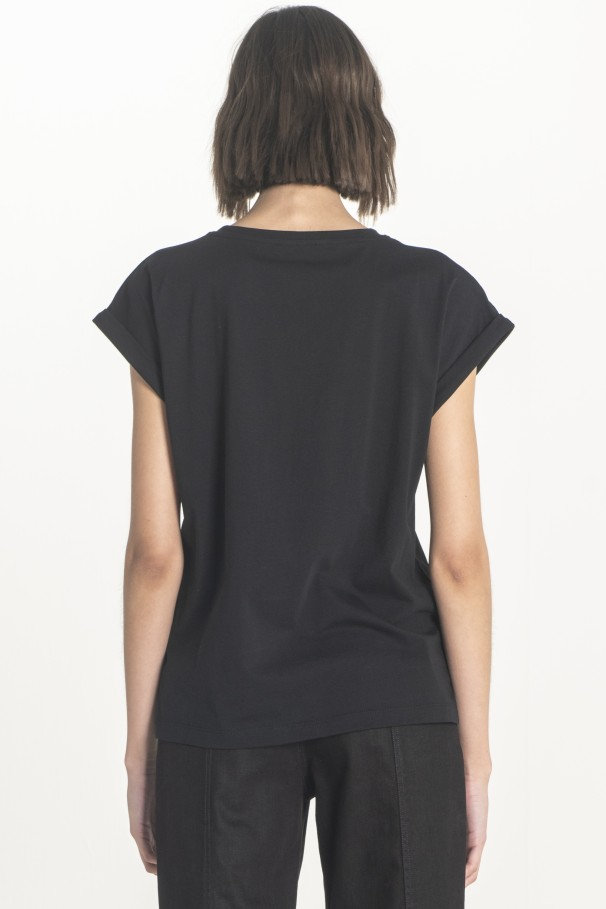 Sleeveless top with wide armholes