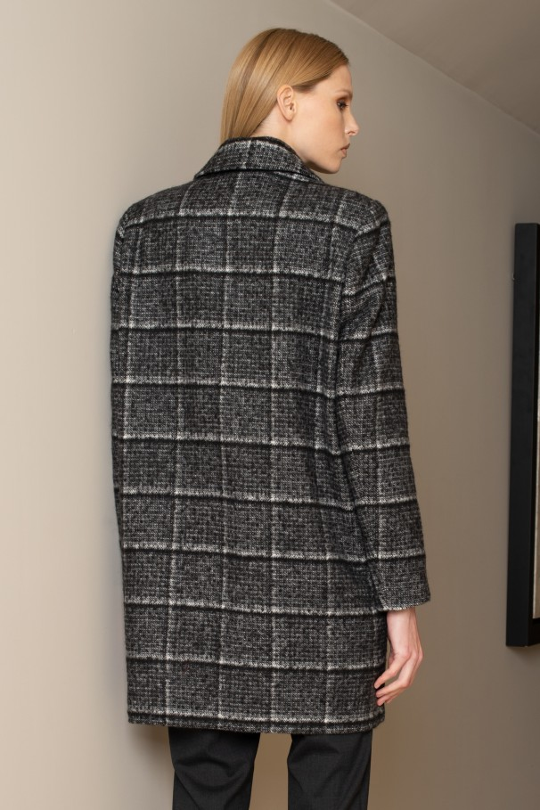 Double-breasted masculine coat