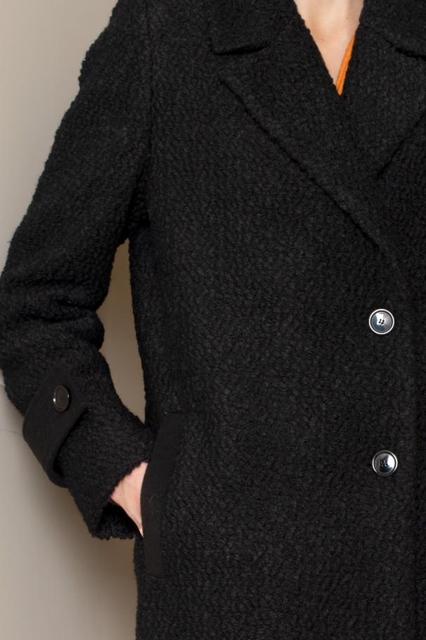 Lapel collar coat