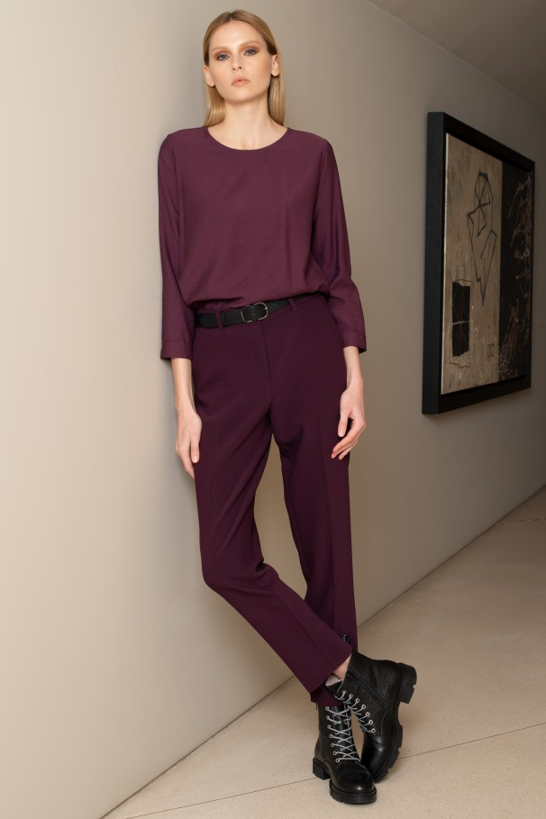 High-waist trousers with darts